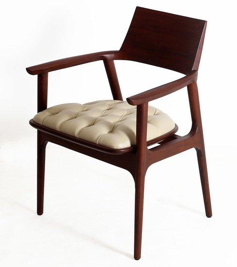 Tuettu chair iii alankaram treniq 1 1525240777932
