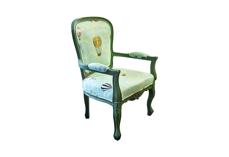 Hot air balloon entrance armchair kohr treniq 1