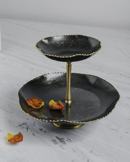 The kesar two tier stand living with elan treniq 1 1526986568341