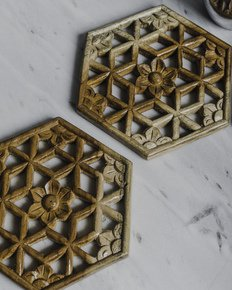 The-Chaandini-Wooden-Trivet-Set-Of-2_Living-With-Elan_Treniq_0