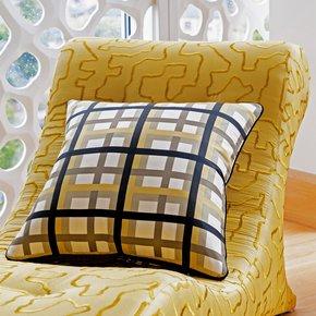 Basler-Dyer_Vintage-Cushions_Treniq_0