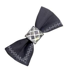 Fantasy Napkin Ring in Grey and White