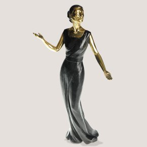 Scultpure-Depicting-Maria-Callas_Progetto-Arte-Poli_Treniq_0